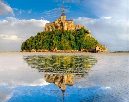 Mont st michel france jigsaw by clementoni cle 31979 for Au jardin st michel pontorson france