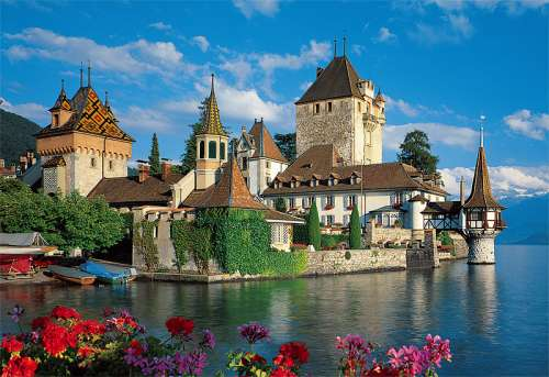 Oberhofen Castle, Bern Switzerland (TRE26102), a 1500 piece jigsaw puzzle by Trefl. Click to view larger image.