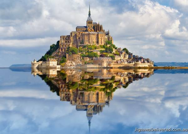 Mont St Michel, France (RB19647-0), a 1000 piece jigsaw puzzle by Ravensburger.