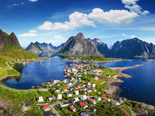 Lofoten, Norway (RB19713-2), a 1000 piece jigsaw puzzle by Ravensburger. Click to view larger image.