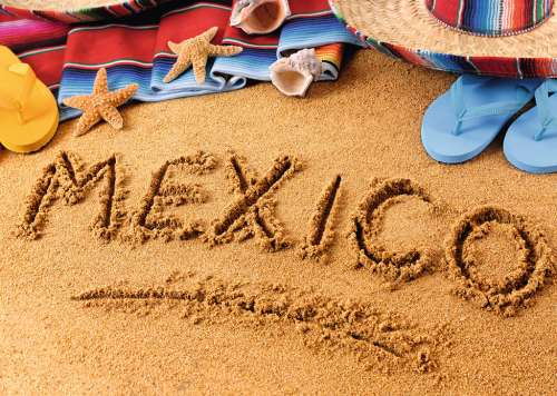 Mexican Holiday (RB19687-6), a 1000 piece jigsaw puzzle by Ravensburger. Click to view larger image.