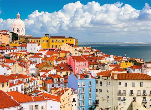 Lisbon, Portugal (RB14757-1), a 500 piece jigsaw puzzle by Ravensburger. Click to view larger image.