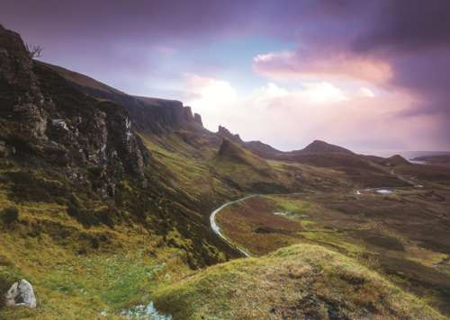 Trotternish Ridge, Scotland (JUM18546), a 1000 piece jigsaw puzzle by Jumbo. Click to view larger image.