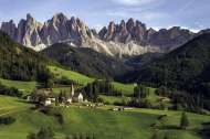 The Dolomites, Italy (JUM18580), a 1500 piece jigsaw puzzle by Jumbo. Click to view this jigsaw puzzle.