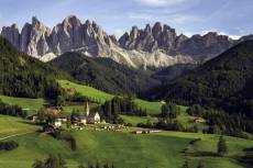 The Dolomites, Italy (JUM18580), a 1500 piece Jumbo jigsaw puzzle.
