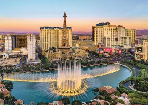 Las Vegas (JUM18360), a 1000 piece jigsaw puzzle by Jumbo. Click to view larger image.