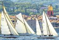 Sailing at St Tropez (EDU16755), a 1000 piece Educa jigsaw puzzle.