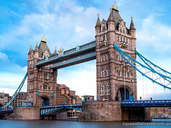 Tower Bridge, London (TRE26140), a 1500 piece jigsaw puzzle by Trefl.