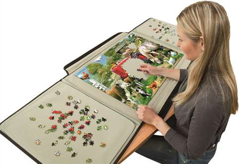 Portapuzzle (up to 1500pc) (JUM10806), a 1500 piece jigsaw puzzle by Jumbo. Click to view larger image.