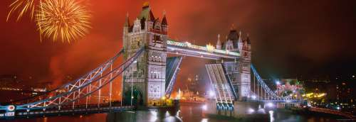 Tower Bridge, London (HEY29806), a 1000 piece jigsaw puzzle by HEYE. Click to view larger image.