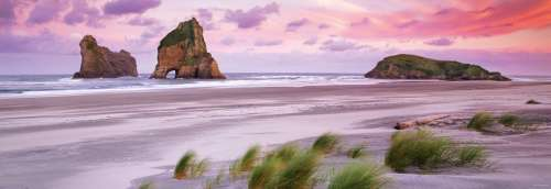Wharariki Beach (New Zealand) (HEY29816), a 1000 piece jigsaw puzzle by HEYE. Click to view larger image.