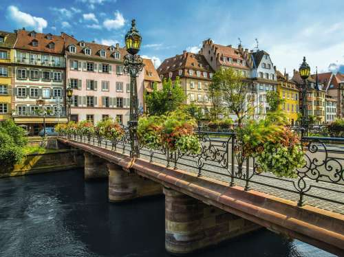 Summery Strasbourg  (RB16357-1), a 1500 piece jigsaw puzzle by Ravensburger. Click to view larger image.