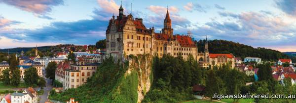Sigmaringen Castle (Panoramic) (JUM18520), a 1000 piece jigsaw puzzle by Jumbo.