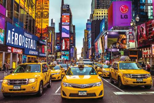 New York Taxi (JUM18527), a 1500 piece jigsaw puzzle by Jumbo. Click to view larger image.