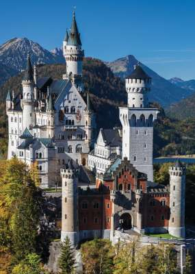 Neuschwanstein Castle (JUM18558), a 1000 piece jigsaw puzzle by Jumbo. Click to view larger image.