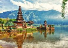 Balinese Temple, Ulu.... Click to view this product