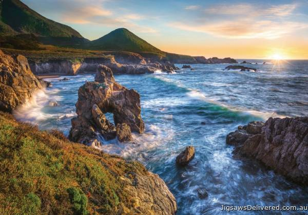 Big Sur Sunset, California USA (RB15287-2), a 1000 piece jigsaw puzzle by Ravensburger.