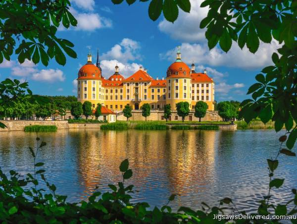 Moritzburg Castle, Germany (RB13708-4), a 500 piece jigsaw puzzle by Ravensburger.