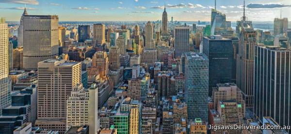 New York (Panoramic) (RB16708-1), a 2000 piece jigsaw puzzle by Ravensburger.