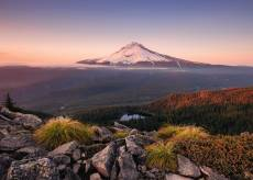 Mount Hood, Oregon USA (RB15157-8), a 1000 piece Ravensburger jigsaw puzzle.