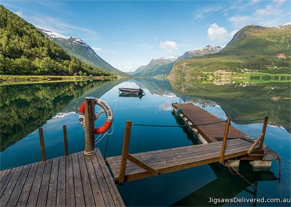 Styrn, Norway (JUM18811), a 1000 piece jigsaw puzzle by Jumbo.