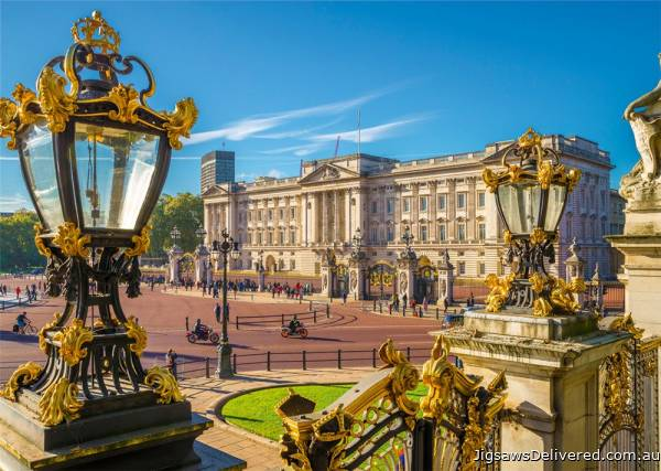 Buckingham Palace, London (JUM18838), a 1000 piece jigsaw puzzle by Jumbo.
