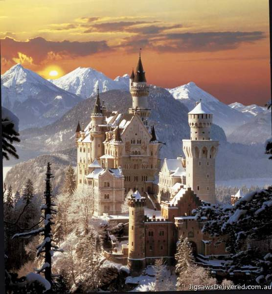 Neuschwanstein Castle (Winter Sunset) (CLE 31925), a 1500 piece jigsaw puzzle by Clementoni.