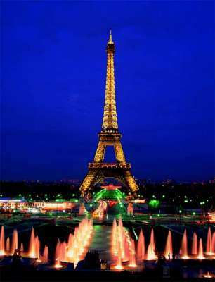 Eiffel Tower, Paris (Glow in the Dark) (EDU10114), a 1000 piece jigsaw puzzle by Educa. Click to view larger image.