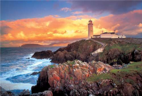 Fanad Head Lighthouse, Ireland (TRE26053), a 1500 piece jigsaw puzzle by Trefl. Click to view larger image.
