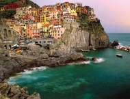 Cinque Terre (RB16615-2), a 2000 piece jigsaw puzzle by Ravensburger. Click to view this jigsaw puzzle.