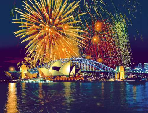 Fireworks Over Sydney (RB16622-0), a 2000 piece jigsaw puzzle by Ravensburger. Click to view larger image.