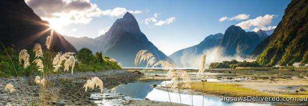 Milford Sound, New Zealand (HEY29606), a 1000 piece jigsaw puzzle by HEYE.