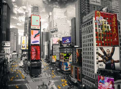 Times Square New York (RB14504-1), a 500 piece jigsaw puzzle by Ravensburger. Click to view larger image.