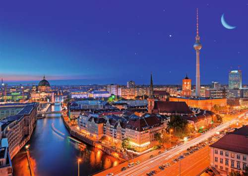 Berlin (RB19455-1), a 1000 piece jigsaw puzzle by Ravensburger. Click to view larger image.