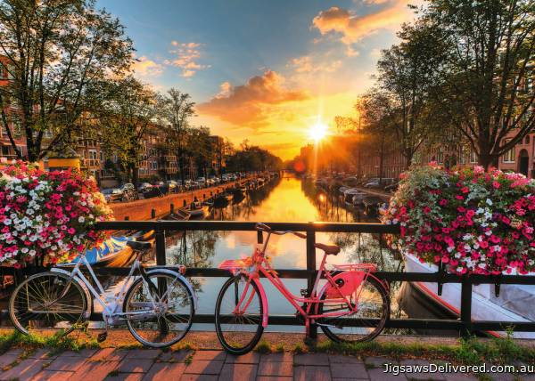 Bicycles in Amsterdam (RB19606-7), a 1000 piece jigsaw puzzle by Ravensburger.