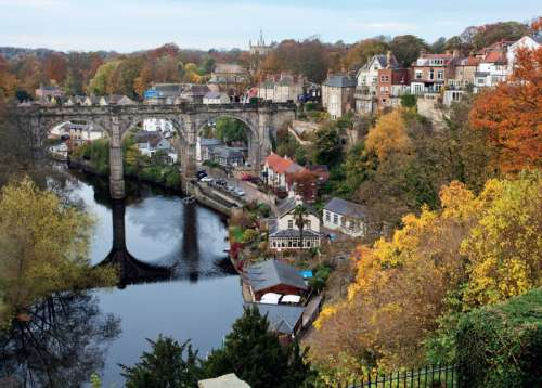 Knaresborough, Yorkshire (JUM11091), a 1000 piece jigsaw puzzle by Jumbo. Click to view larger image.
